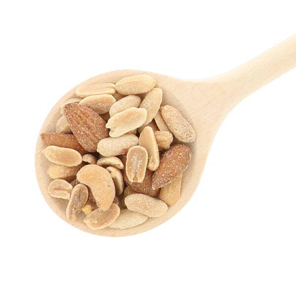 Mélange de noix salées